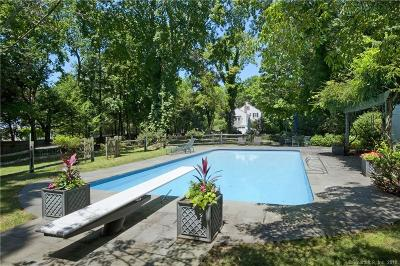 Greenwich CT Single Family Home For Sale: $2,149,000