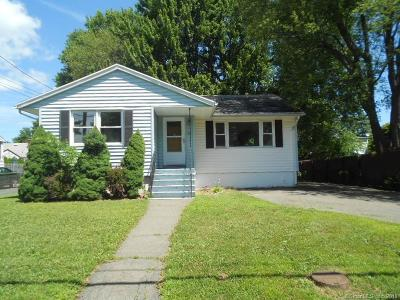 Stratford Single Family Home For Sale: 104 Dewey Street