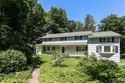 Ridgefield Single Family Home For Sale: 23 Mimosa Place
