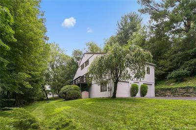 Fairfield Single Family Home For Sale: 84 Hitching Post Lane