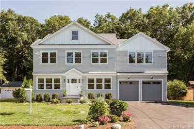 Darien Single Family Home For Sale: 17 Lake Drive