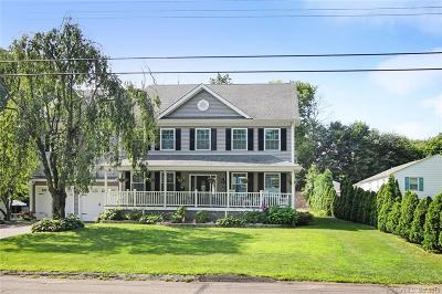 Trumbull Single Family Home For Sale: 83 Cottage Street
