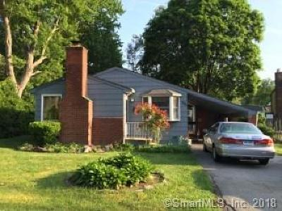 Stamford Single Family Home For Sale: 325 Oaklawn Avenue