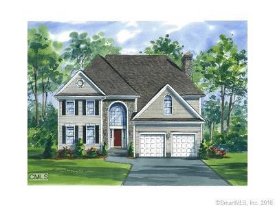 Stamford Single Family Home For Sale: 35 Walnut Ridge Court