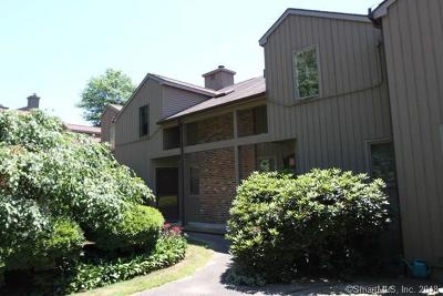 Southbury Condo/Townhouse For Sale: 51 Far View Commons #51