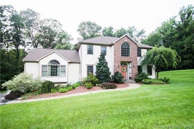 Monroe Single Family Home For Sale: 4 Sweetbrier Lane