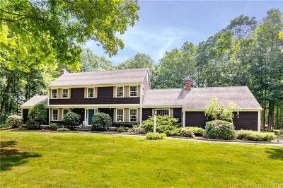 Southbury Single Family Home For Sale: 1493 Bucks Hill Road