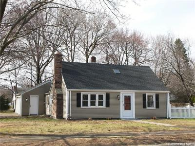 North Haven Single Family Home For Sale: 519 Pool Road