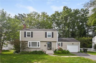 West Hartford Single Family Home For Sale: 29 Greensview Drive