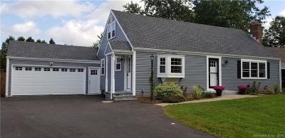 Newington Single Family Home For Sale: 47 Bayberry Road