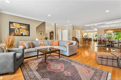 Guilford Condo/Townhouse For Sale: 122 North Fair Street #3
