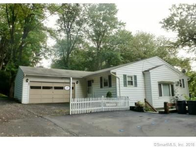 Danbury Single Family Home For Sale: 29 Moody Lane