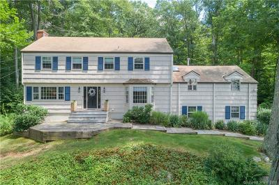 New Canaan Single Family Home For Sale: 111 Glen Drive
