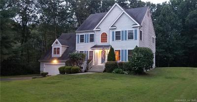 Monroe Single Family Home For Sale: 21 Wood Creek Drive