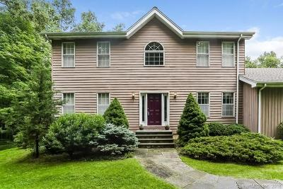 New Milford Single Family Home For Sale: 3 Possum Lane
