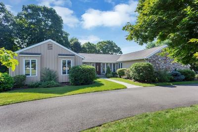 Ridgefield Single Family Home For Sale: 29 Dowling Drive