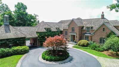 Avon Single Family Home For Sale: 145 Deercliff Road