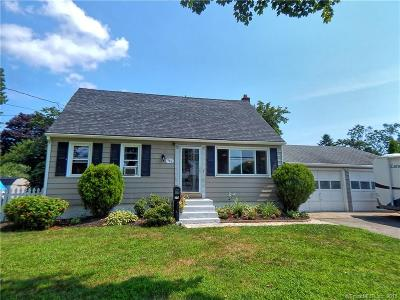 Milford CT Single Family Home For Sale: $292,000