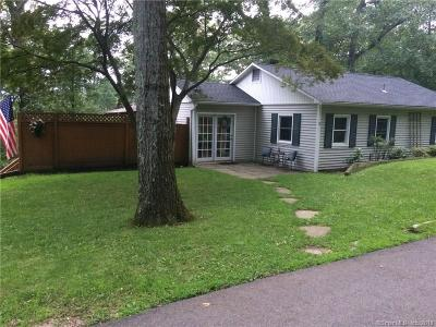 New Fairfield Single Family Home For Sale: 2 High Trail Road