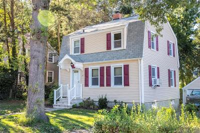 Naugatuck Single Family Home For Sale: 177 Andrew Avenue