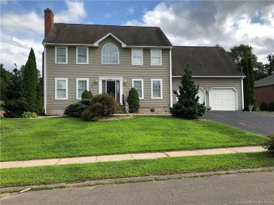 Middletown Single Family Home For Sale: 21 Aresco Drive