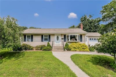 Groton Single Family Home For Sale: 90 Chestnut Hill Road