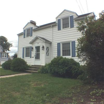 New London Single Family Home For Sale: 150 Thames Street