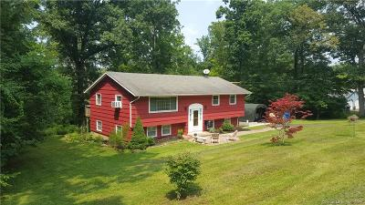 North Branford Single Family Home For Sale: 48 Skylark Drive