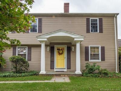 Trumbull Single Family Home For Sale: 50 Crown Street