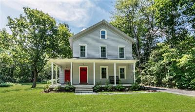 Easton Single Family Home For Sale: 233 Sport Hill Road