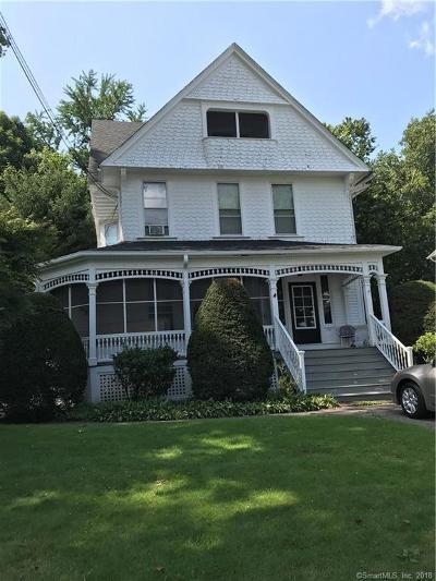 Derby Single Family Home For Sale: 262 Elizabeth Street