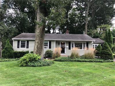 Naugatuck Single Family Home For Sale: 84 Birch Lane