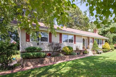 Branford Single Family Home For Sale: 56 Gould Lane