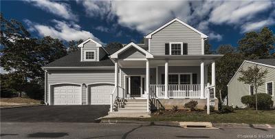 Stratford Condo/Townhouse For Sale: 370 Maple Oak Drive #37