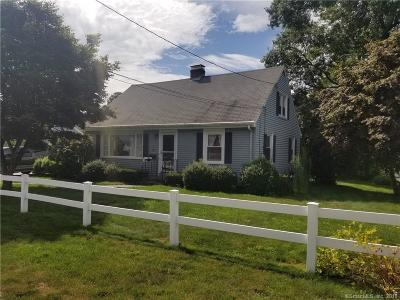 Groton Single Family Home For Sale: 29 Chestnut Hill Square