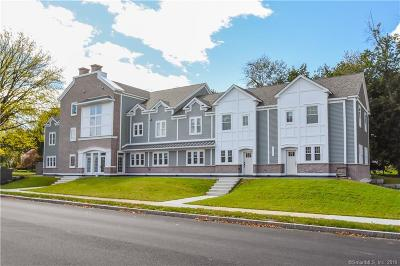 West Hartford Condo/Townhouse For Sale: 3 Arlington Road #104
