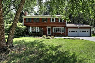 Trumbull Single Family Home For Sale: 9 Clarion Place