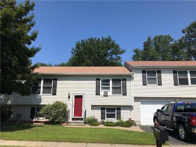 Groton Single Family Home For Sale: 94 Deerfield Ridge Drive