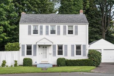Plainville Single Family Home For Sale: 11 Sheridan Court