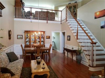 Middlebury Condo/Townhouse For Sale: 35 Ridgewood Drive #74