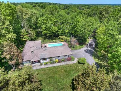 Trumbull Single Family Home For Sale: 16 Normandy Road