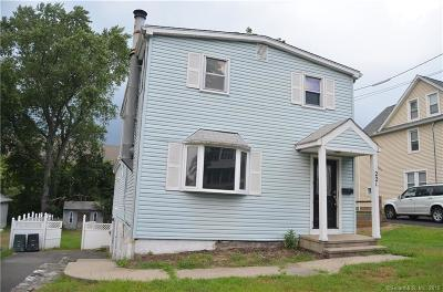 Milford Single Family Home For Sale: 221 Dayton Street