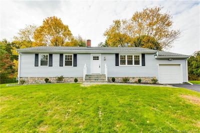 Trumbull Single Family Home For Sale: 12 Woodmere Drive