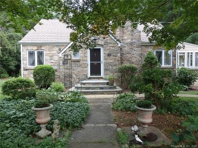 Trumbull Single Family Home For Sale: 184 Chestnut Hill Road