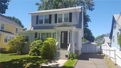 Fairfield Single Family Home For Sale: 44 Brookfield Avenue