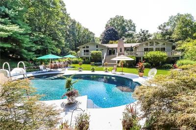 Stamford Single Family Home For Sale: 42 Quarry Road