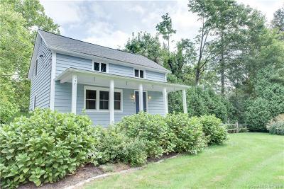 Brookfield Single Family Home For Sale: 157 Pocono Road