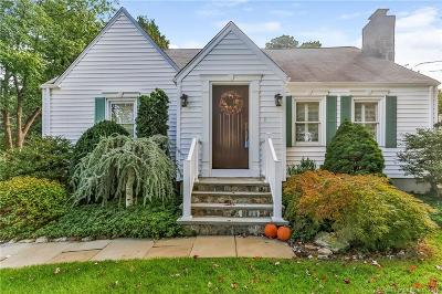 Trumbull Single Family Home For Sale: 50 Parkway Drive