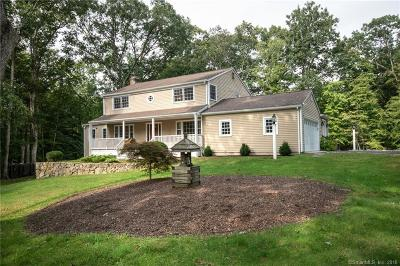 Weston Single Family Home For Sale: 28 Tubbs Spring Drive