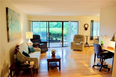 Branford Condo/Townhouse Show: 135 Florence Road #1C